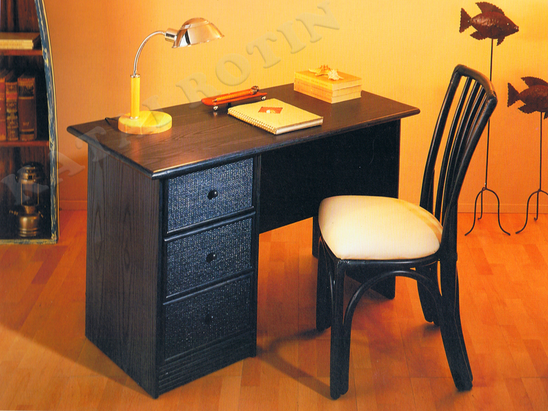 bureau rotin 910 686 3 chambres coucher en rotin. Black Bedroom Furniture Sets. Home Design Ideas