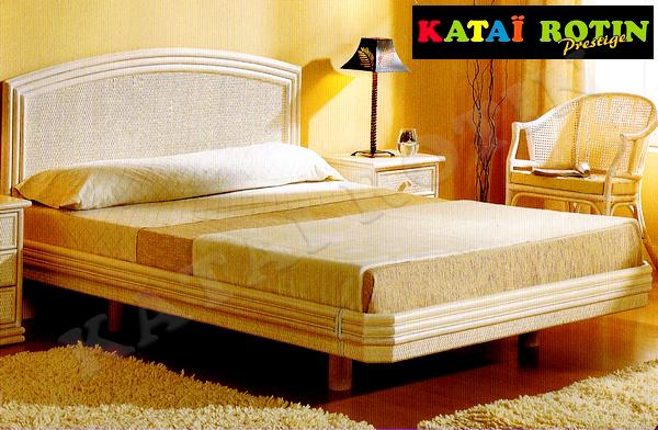 lit complet rotin mod le 101 593 cannes chambres coucher en rotin. Black Bedroom Furniture Sets. Home Design Ideas